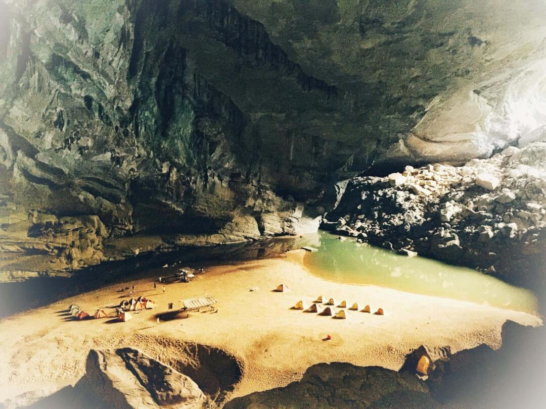Hang En Cave Phong Nha Travel 4