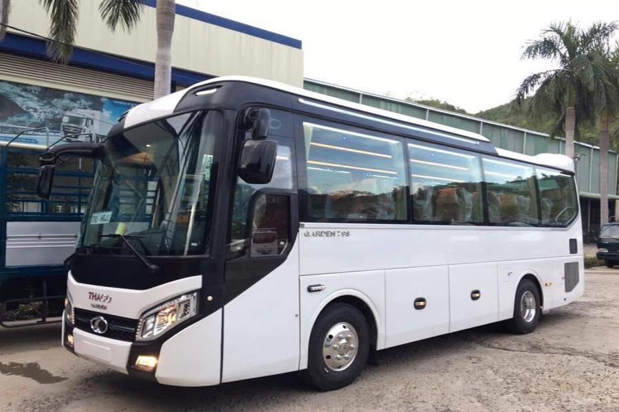 Cho thuê xe 29 chỗ Quảng Bình Thaco đời mới
