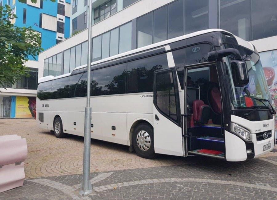 Thuê xe du lịch 45 chỗ tại Quảng Bình