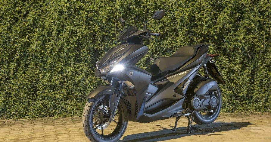 Thuê xe máy Yamaha NVX đi phượt