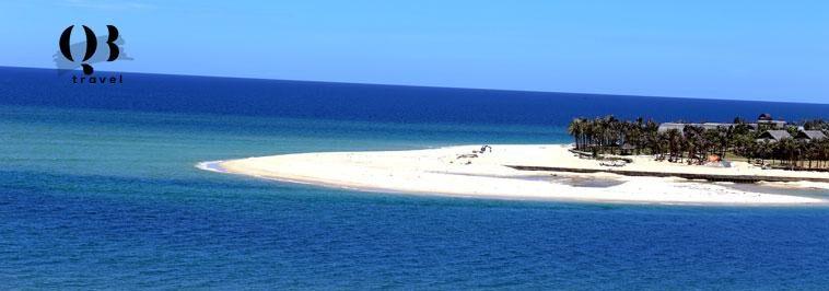 Biển Bảo Ninh thuộc bán đảo Bảo Ninh