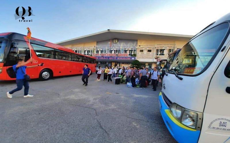 Thuê xe 45 chỗ Quảng Bình QBTravel - Dịch vụ tour chuyên nghiệp hàng đầu