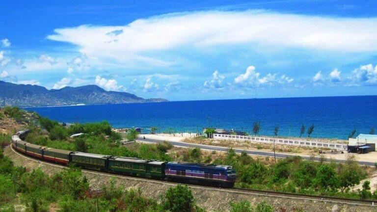 du lịch quảng bình bằng tàu hỏa