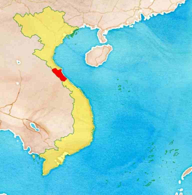 Vị trí chiến lược của tỉnh Quảng Bình từng được ví như đòn gánh giữa hai đầu Nam - Bắc của đất nước