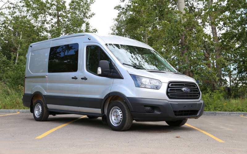 Kích thước hoàn hảo của xe Ford Transit 16 chỗ