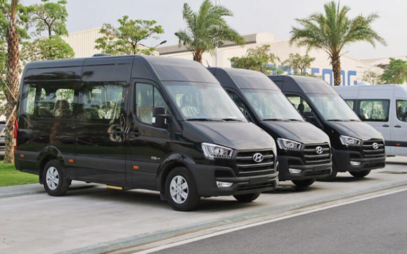 QBTravel cung cấp đa dạng dòng xe với mức giá thuê xe 16 chỗ rẻ hơn thị trường