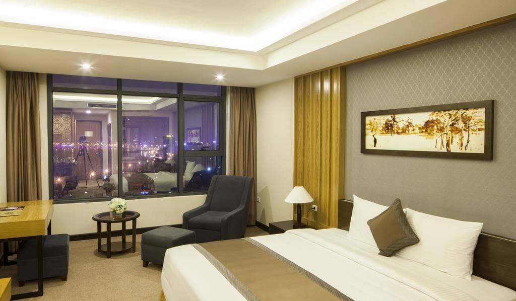 Phòng Premium deluxe twin tại Mường Thanh holiday Quảng Bình