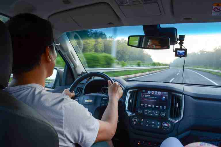Đội ngũ tài xế dày dặn kinh nghiệm, luôn vững tay lái tại QBTravel