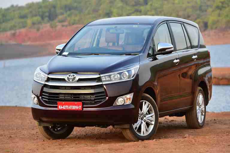 Xe Innova tiêu thụ mức nhiên liệu cao do sở hữu động cơ mạnh