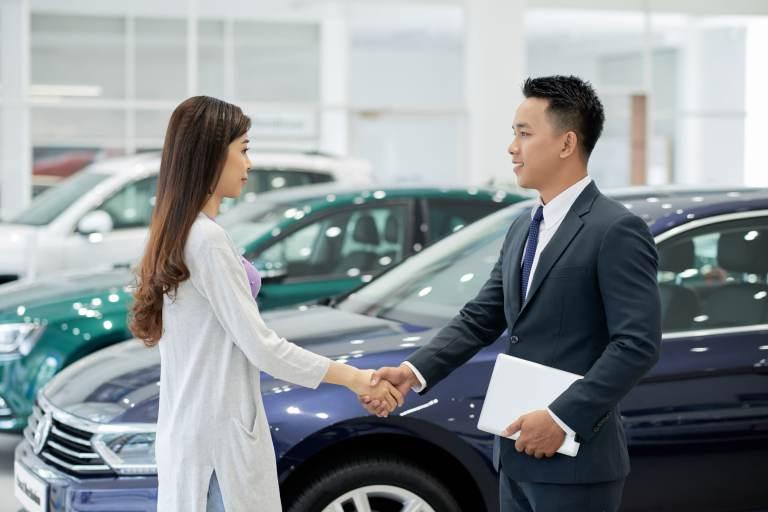 Lựa chọn nơi cung cấp dịch vụ thuê xe uy tín là điều cần thiết khi thuê xe 7 chỗ Fortuner