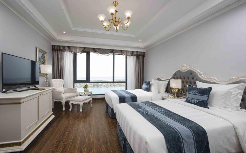Deluxe King River View tại khách sạn Vinpearl Quảng Bình