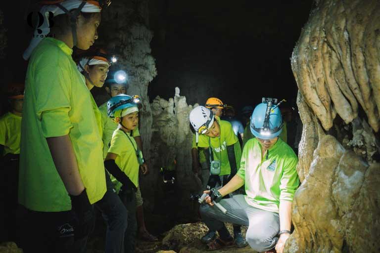 Oxalis cung cấp các tour du lịch hấp dẫn đưa du khách đến tham quan, khám phá vẻ đẹp kỳ vĩ bên trong các hang động