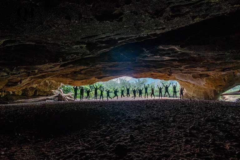 Tour khám phá Hang Én - Hang động lớn thứ 3 thế giới