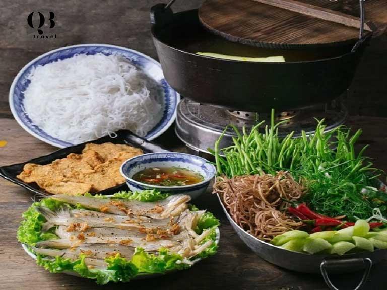Lẩu cá khoai, một món ăn nổi tiếng Quảng Bình