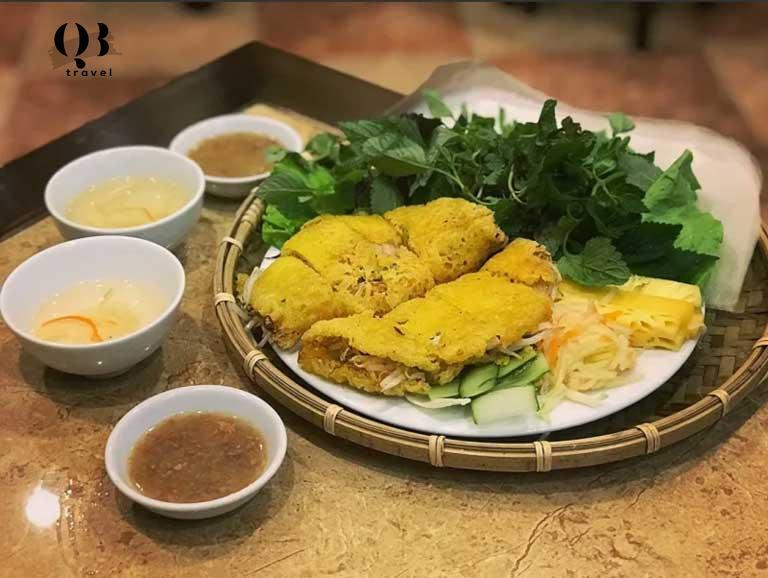 Bánh khoái Tứ Quý, món bánh khá nổi tiếng ở Đồng Hới