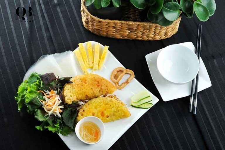 Bánh Khoái - nước chấm đặc biệt, làm nên cái hồn của món ăn