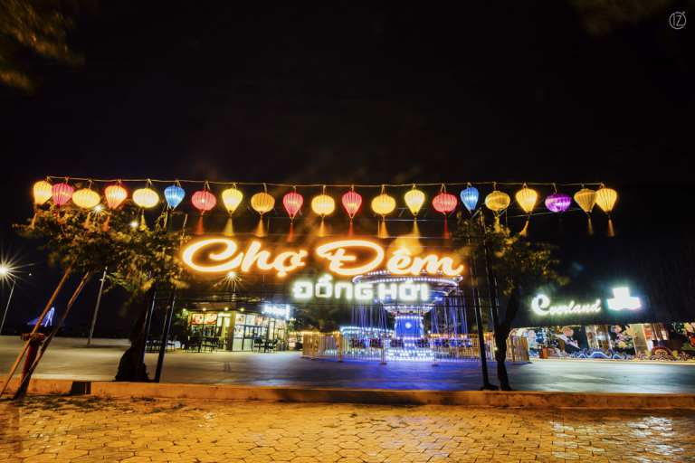 Chợ đêm Đồng Hới thức cùng Quảng Bình