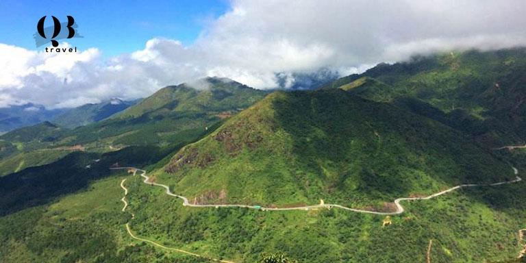 Dãy núi Hoành Sơn hùng vỹ