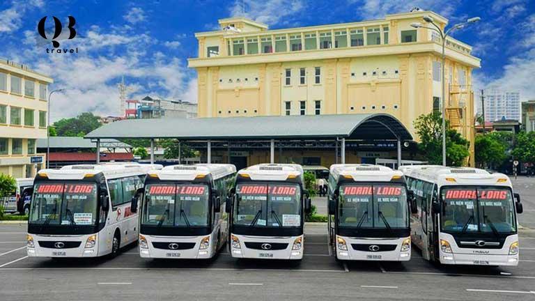 Di chuyển bằng xe khách từ các tỉnh lân cận Quảng Bình đến Đồng Hới với mức giá từ 100.000 - 300.000 đồng/ chuyến