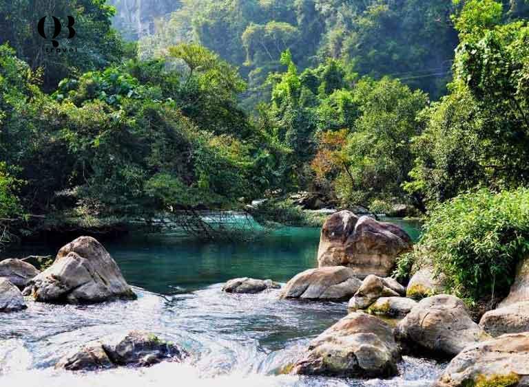 Khe Nước Lạnh tuyệt sắc thiên nhiên Quảng Bình