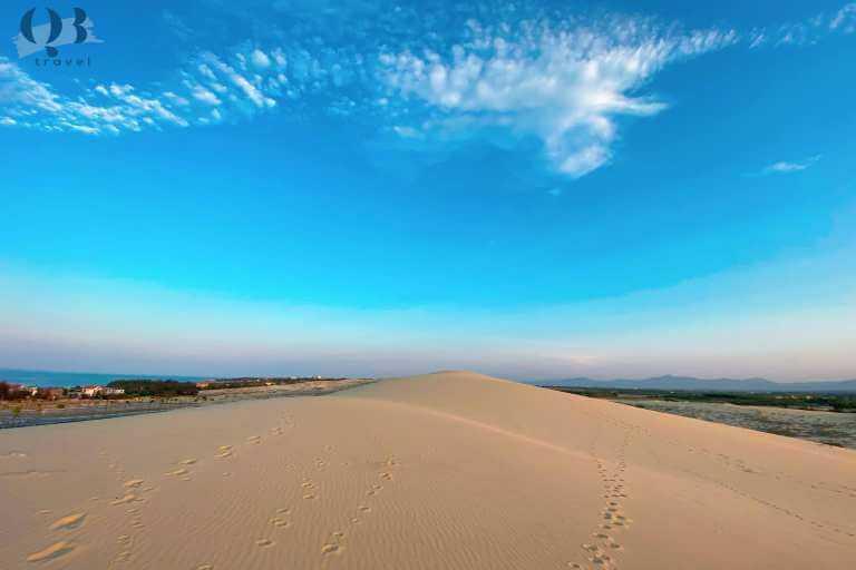Đồi cát Quang Phú - điểm du lịch gây nghiện