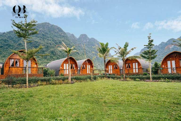 Nằm ẩn mình sau những dãy núi cao hùng vĩ, Chày Lập Farmstay được ví như thiên đường nghỉ dưỡng