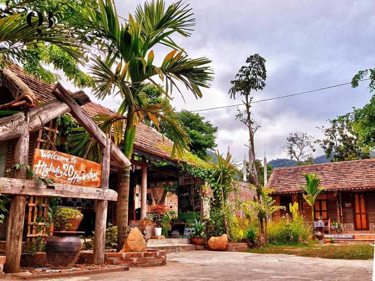 Vẻ đẹp hoài cổ của Homestay Highway 20 Phong Nha