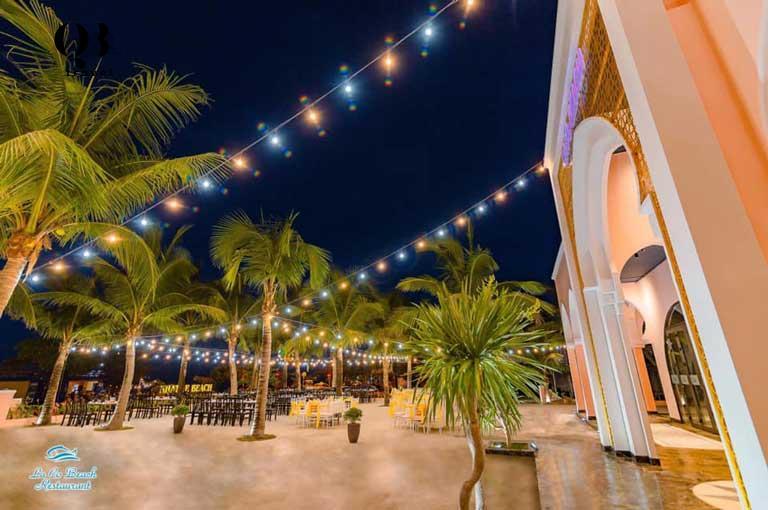 la co beach restaurant