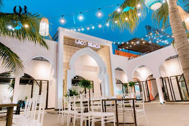Lá cọ Beach nhà hàng mộng mơ ngay giữa trung tâm biển Nhật lệ Quảng Bình.