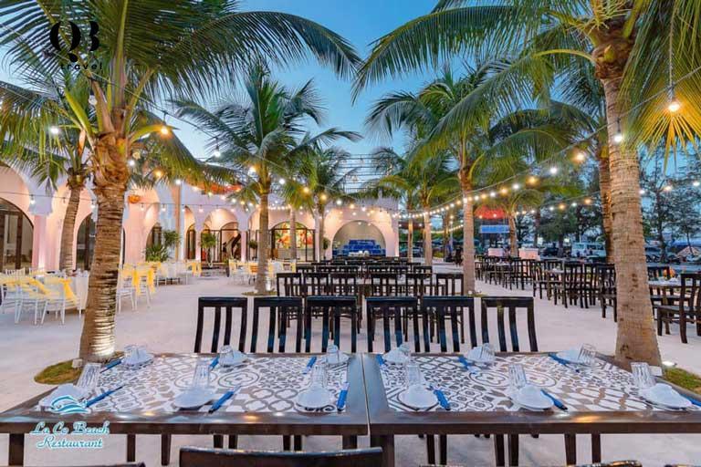 Nhà hàng Lá Cọ Beach Quảng Bình