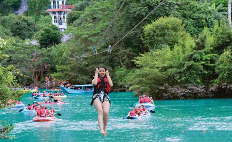 Đu dây zipline tại Sông Chày Hang Tối