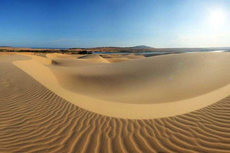 """""""Thiên đường cát"""" Quang Phú"""