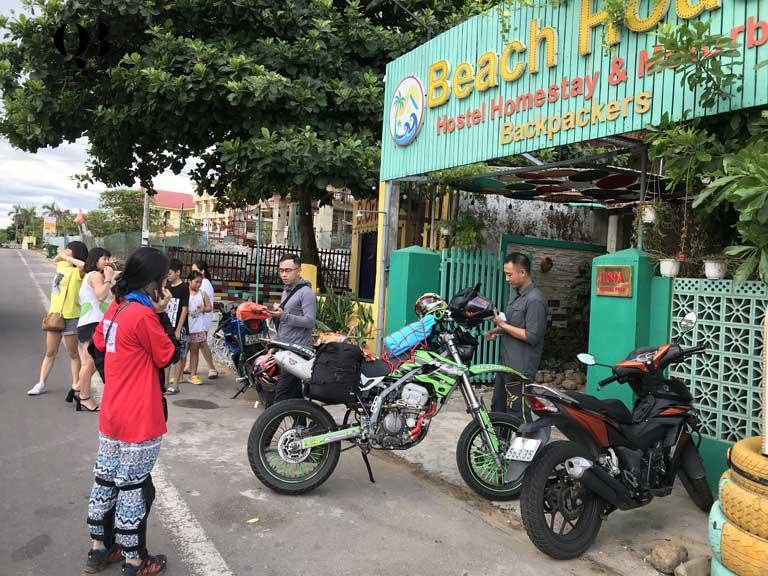 Thuê xe máy với mức giá từ 80.000 - 150.000 đồng/ chiếc là bạn có thể đi vi vu cả một ngày quanh thành phố Đồng Hới
