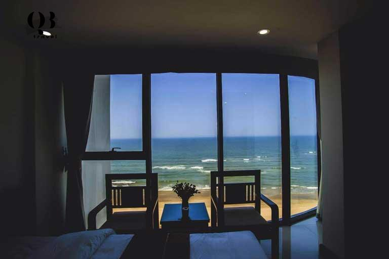 Phòng view biển tại Cao Minh Hotel