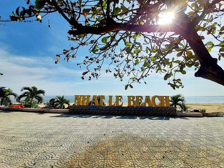 Biển Nhật Lệ thuộc Top 10 bãi biển đẹp nhất Việt Nam