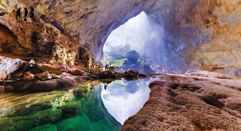 Hang Thủy Cung có dáng vẻ đẹp nhẹ nhàng và nữ tính riêng biệt