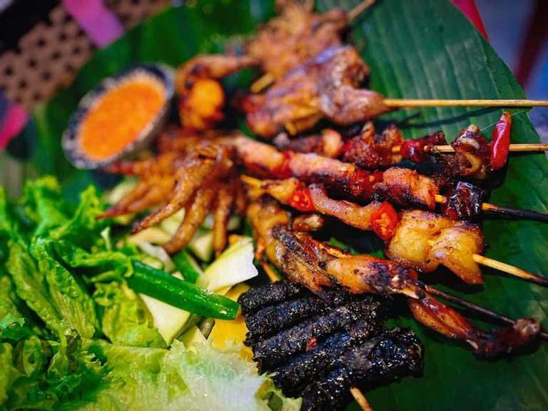 Bếp Ba Mập không chỉ là quán bún đậu mắm tôm được yêu thích mà cũng chính là một quán ăn ngon ở Đồng Hới