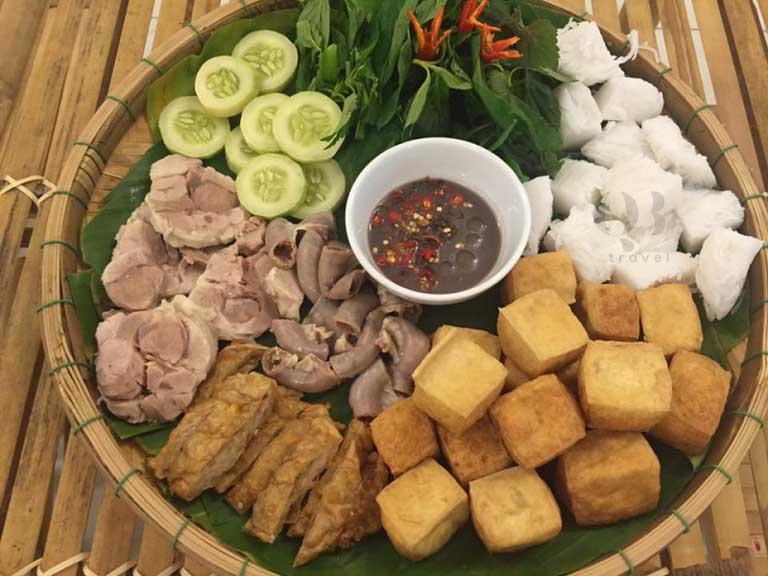 Bún đậu QB cũng là quán bún đậu mắm tôm ngon ở Đồng Hới không nên bỏ lỡ