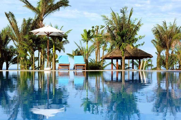 Bể bơi ngoài trời tại Sea Star Resort Quảng Bình