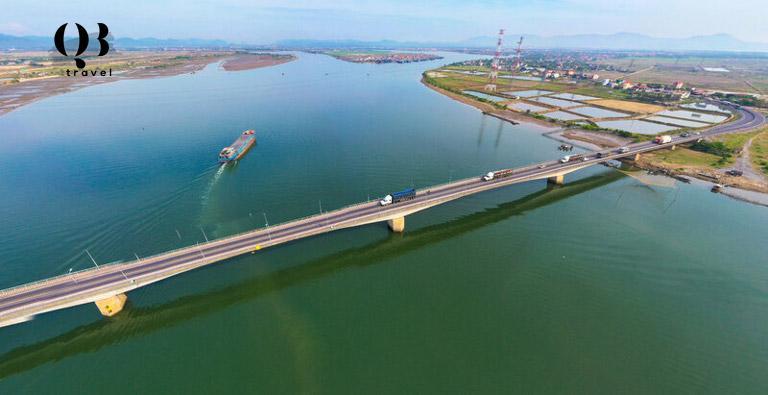 Công trình cầu sông Gianh nằm trên Quốc lộ 1A