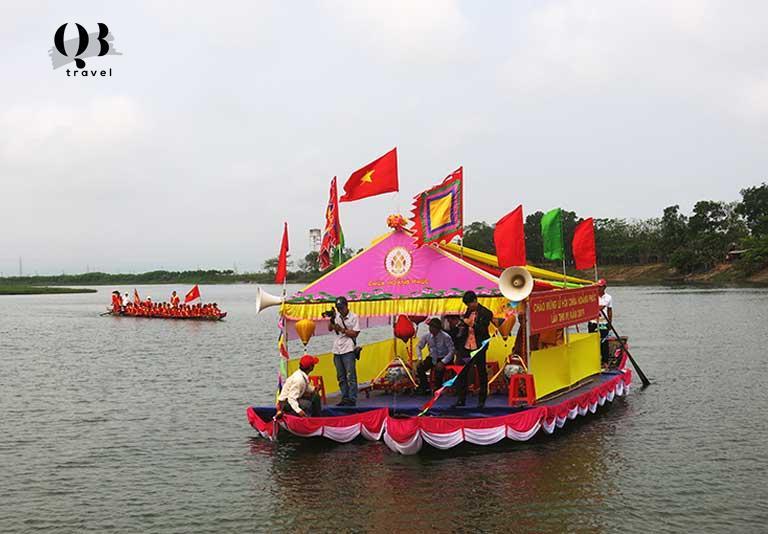 Lễ rước nước từ vực An Sinh lên chùa tại Chùa Hoằng Phúc Quảng Bình