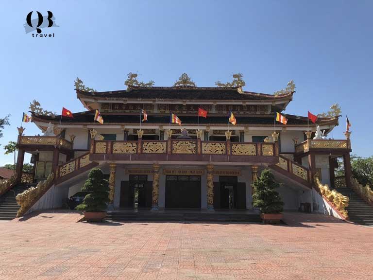 Tòa chánh điện ở chùa Đại Giác