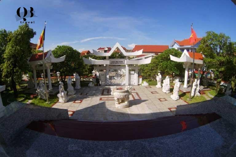 Toàn cảnh ngôi chùa Lý Hòa