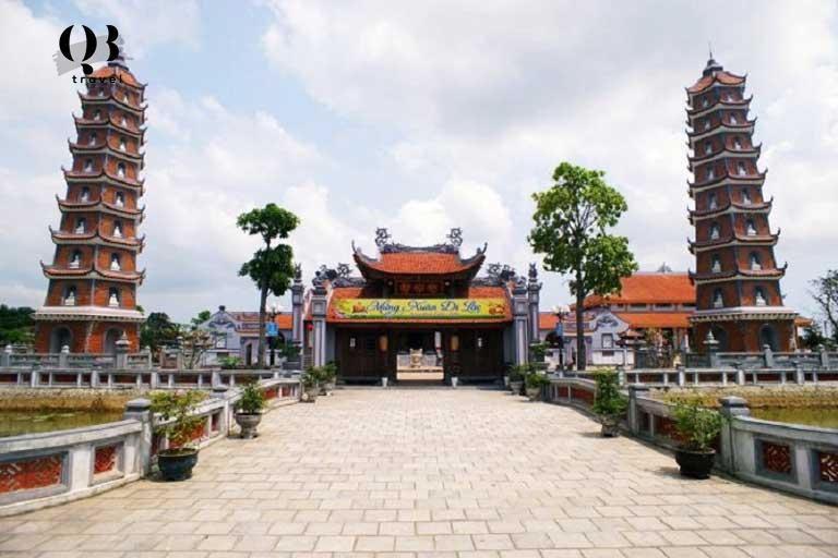 Toàn cảnh ngôi chùa cổ Hoằng Phúc