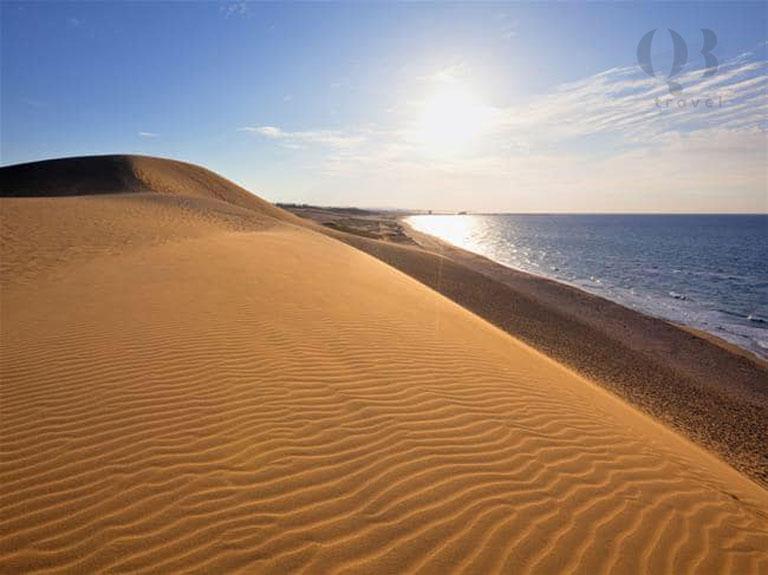 Đến với biển Quang Phú để chiêm ngưỡng vẻ đẹp độc đáo của những cồn cát