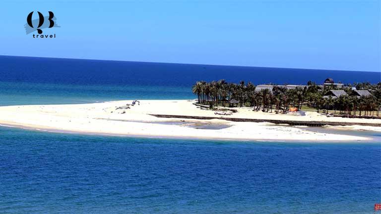 Cửa biển Nhật Lệ Quảng Bình
