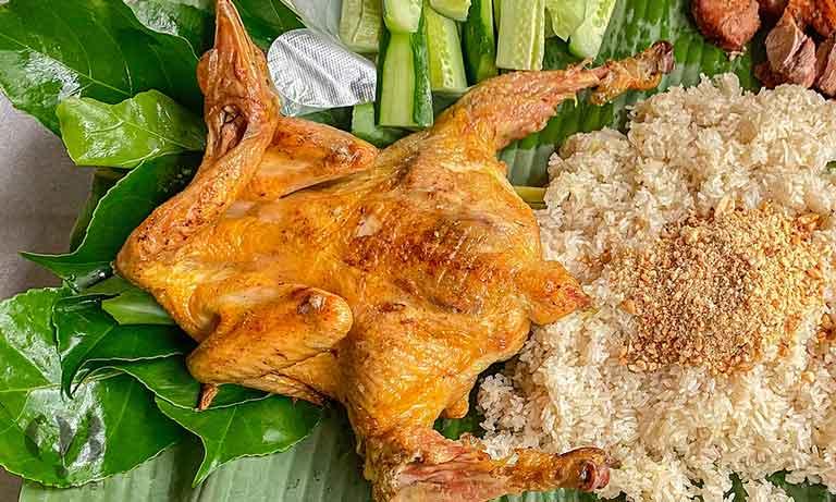 Đặc sản gà nướng muối cheo tại Phong Nha