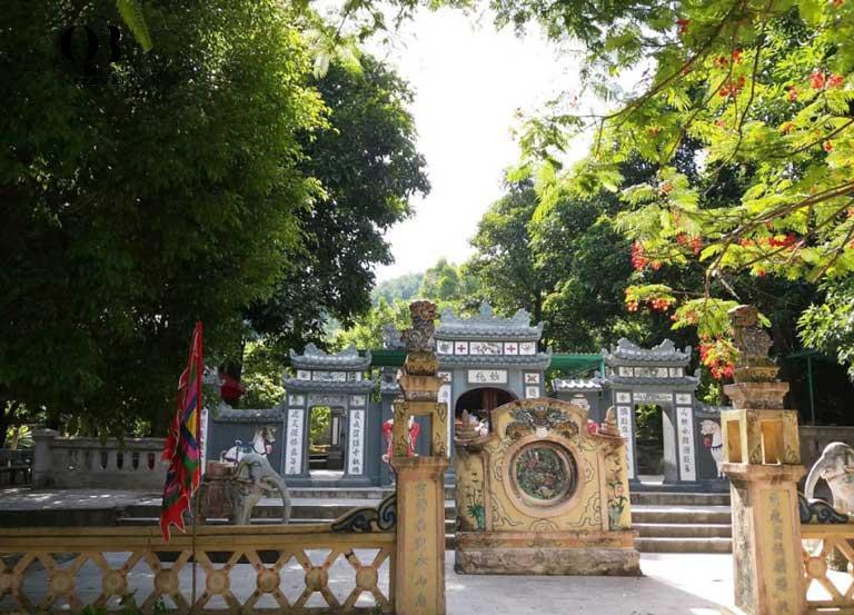 Kiến trúc của đền mang vẻ mỹ quan của Á Đông