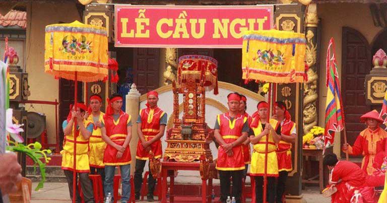Lễ hội Cầu Ngư được tổ chức vào tháng Giêng âm lịch hằng năm