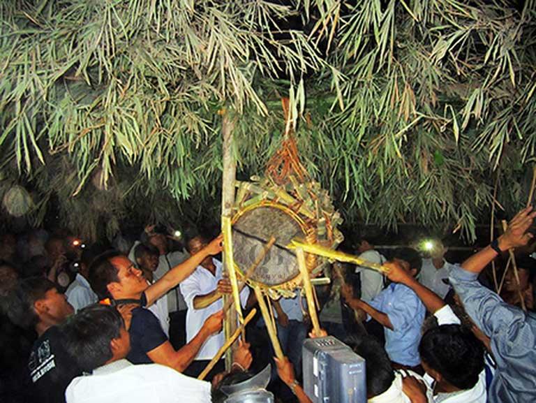 Lễ hội Đập trống đặc sắc của người dân tộc Ma Coong
